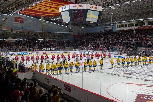 Týmy Švédska a Česka před duelem EHT ve Znojmě.
