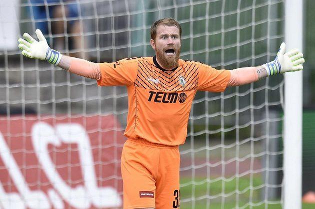 Brankář Jablonce Vlastimil Hrubý v derby proti Liberci.