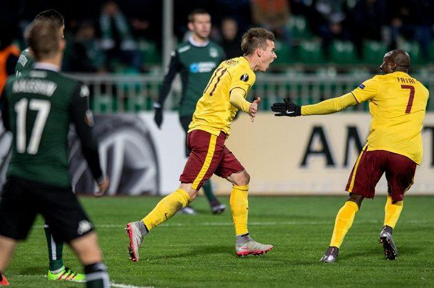 Lukáš Mareček oslavuje gól na 1:0 během odvetného utkání play off Evropské ligy v ruském Krasnodaru.