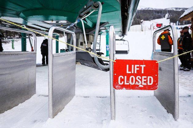 Výpadek eletřiny zastavil v Lake Louise lanovky.