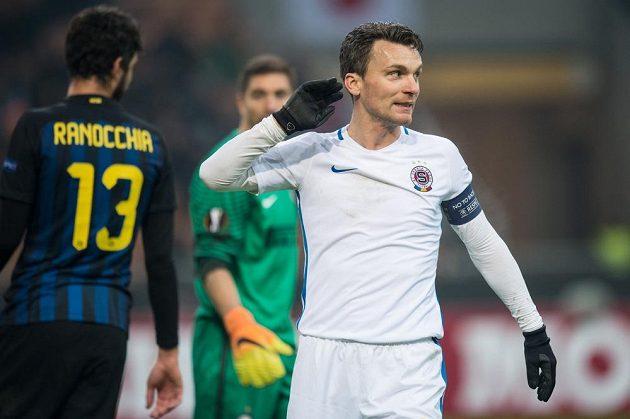 David Lafata ze Sparty Praha během utkání Evropské ligy na Interu Milán.