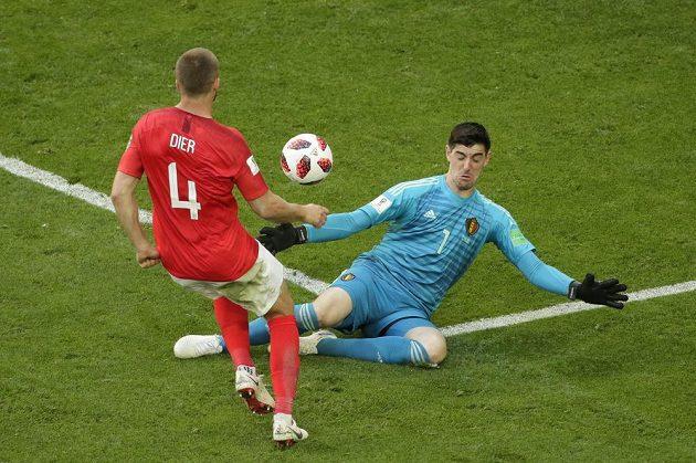 Angličan Eric Dier sice belgického gólmana Thibauta Courtoise překonal, ani tato šance ale pro Albion gólem neskončila.