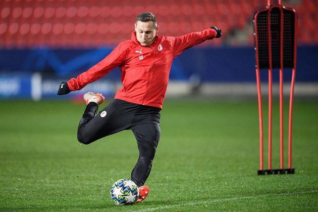 Jan Bořil ze Slavie Praha během tréninku před utkáním Ligy mistrů s Interem Milán.
