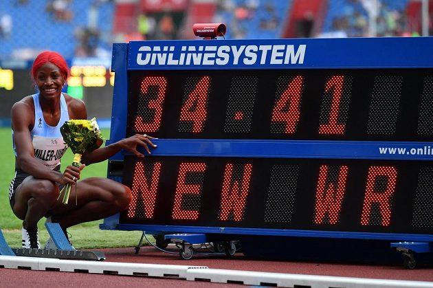 Bahamská atletka Shaunae Millerová-Uibová překonala na Zlaté tretře v Ostravě časem 34,41 sekundy světový rekord v běhu na netradiční trati 300 metrů.