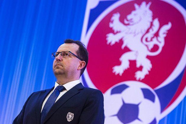 Předseda FAČR Martin Malík na Valné hromadě Fotbalové asociace ČR.