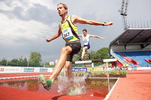 Milan Kocourek ovládl v Ostravě závod na 3000 metrů překážek.