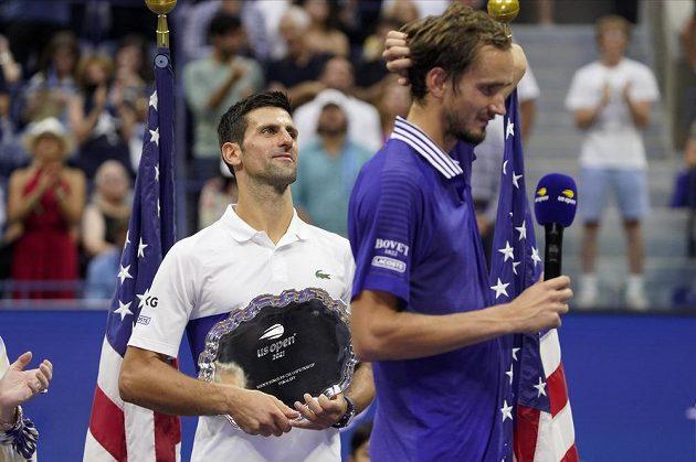 Ruský tenista Daniil Medveděv si poprvé vychutnával pocity vítěze grandslamového turnaje. Ve finále US Open vyhrál nad Novakem Djokovičem.