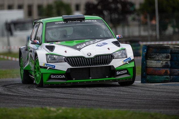 Jan Kopecký a Jan Hloušek s vozem Škoda Fabia Rally2 evo.