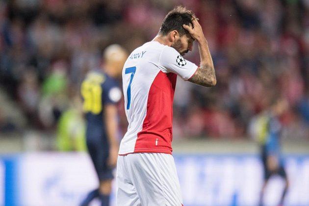 Portugalec Danny ze Slavie v odvetě play off Ligy mistrů.