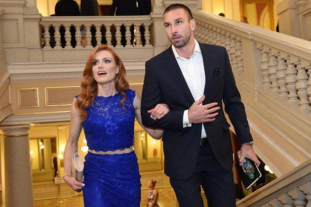 Gabriela Koukalová s manželem Petrem míří na vyhlášení ankety Biatlonista roku.