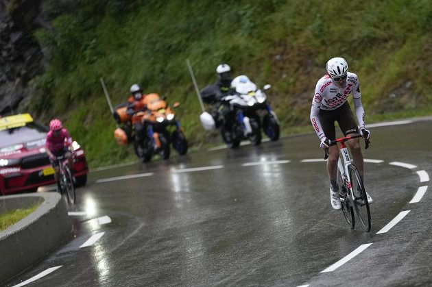 Alstralský cyklista Ben O'Connor si během závodu vytvořil slušný náskok.