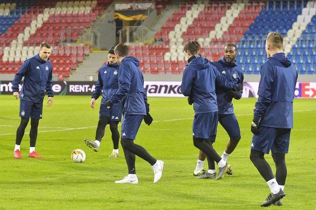 Trénink Dinama Záhřeb před úvodním zápasem 2. kola fotbalové Evropské ligy proti Viktorii Plzeň