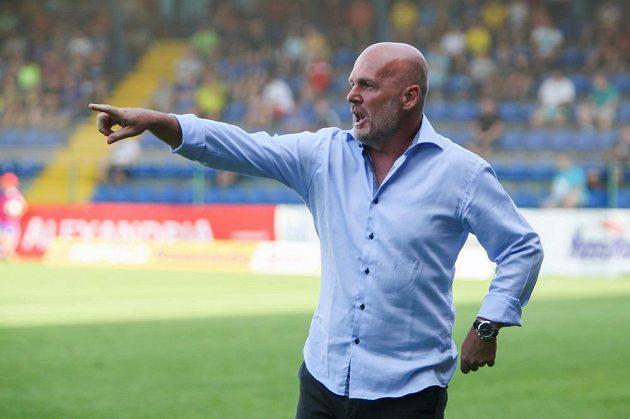 Trenér Michal Bílek při premiéře na lavičce Zlína zažil pořádné nervy, nakonec ale slavil s týmem výhru a tři body.