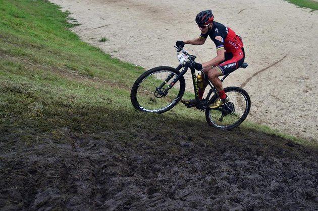 Cyklista Jaroslav Kulhavý během mistrovství Česke republiky v cross country.