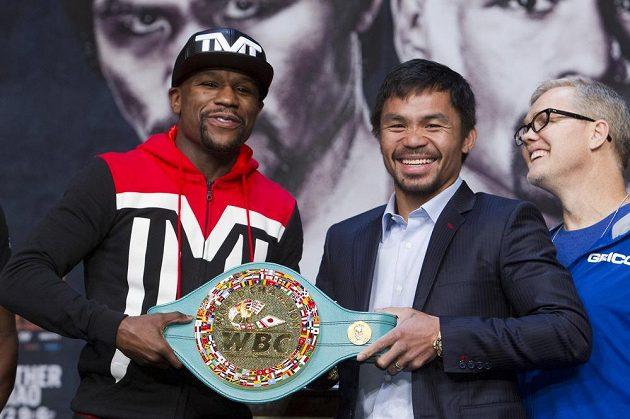 Ve hře jsou tituly mistra světa ve velterové váze organizací WBA, WBC a WBO.