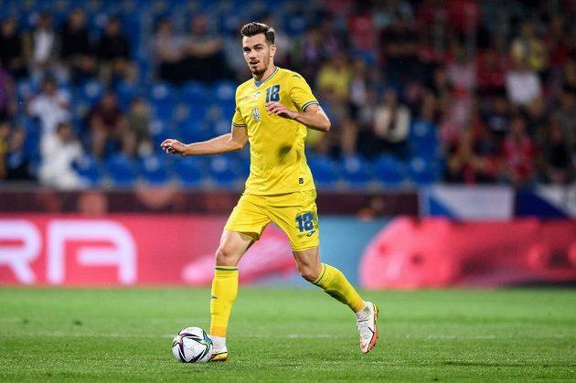 Taras Kačaraba z Ukrajiny během přípravného utkání s českou fotbalovou reprezentací.