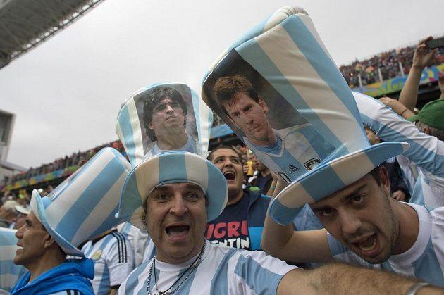 Argentinští fanoušci.