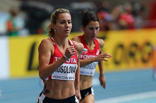 Denisa Rosolová v rozběhu mistrovství světa v Moskvě.