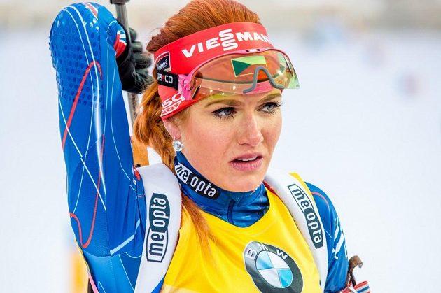 Gabriela Soukalová při sprintu SP v Chanty-Mansijsku.