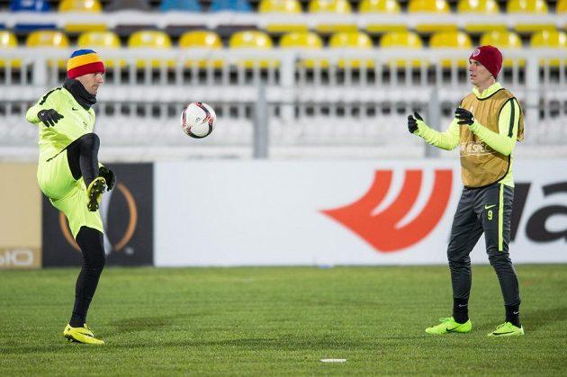Fotbalisté Sparty Praha David Lafata (vlevo) a Bořek Dočkal během tréninku před utkáním Evropské ligy v Rostově.
