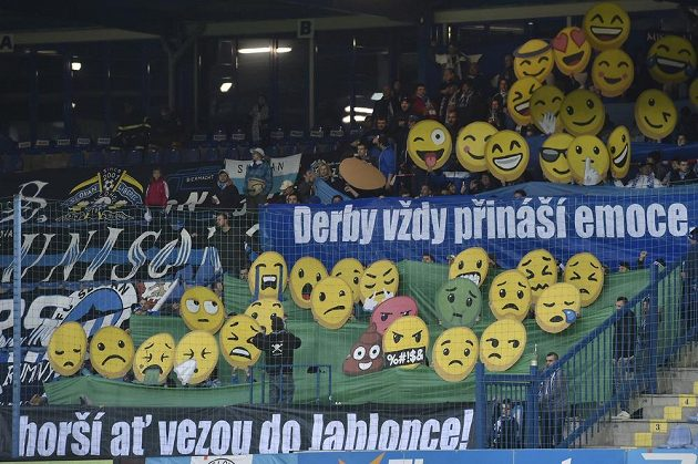 Fanoušci během derby Liberec - Jablonec.