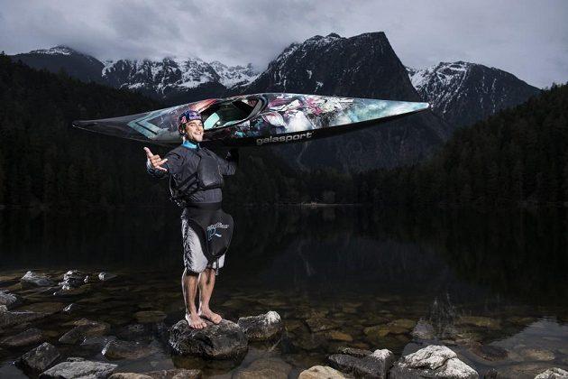 S touto lodí bude vodní slalomář Vavřinec Hradilek bojovat v nové sezóně.