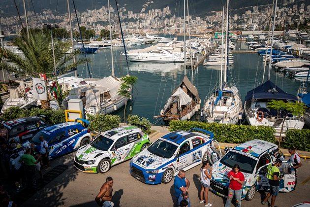 Škoda Fabia R5 Vojtěcha Štajfa před startem Libanonské rallye.