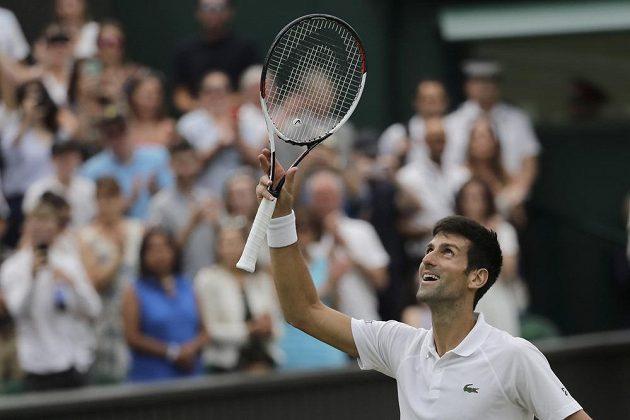 Novak Djokovič právě postoupil do finále letošního Wimbledonu.
