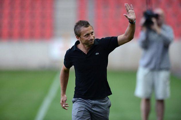 David Hubáček se loučí se Slavií během utkání 1. kola Gambrinus mezi Slavií a Baníkem Ostrava v Edenu.