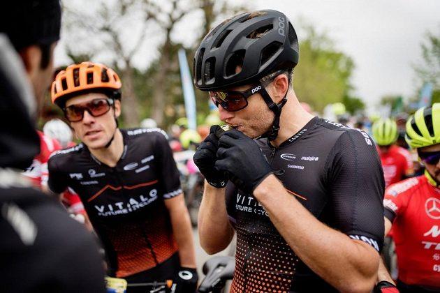 Kristian Hynek z týmu Vitalo Future Cycling před startem závodu.