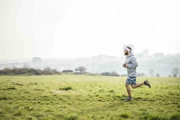 Kromě pádla a kajaku má Vávra rád i běh.