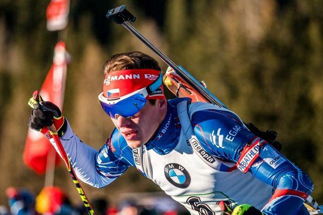 Adam Václavík během štafetového závodu v Anterselvě.