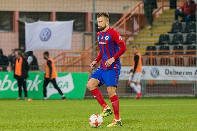 Fotbalista Vít Beneš našel fotbalové štěstí v maďarské Budapešti.