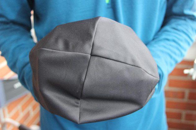 Čepice Adidas Climalite, horní pohled.