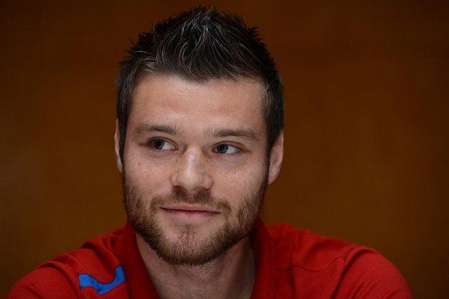 Obránce Ondřej Čelůstka na srazu české fotbalové reprezentace před přátelským utkáním s Kanadou.
