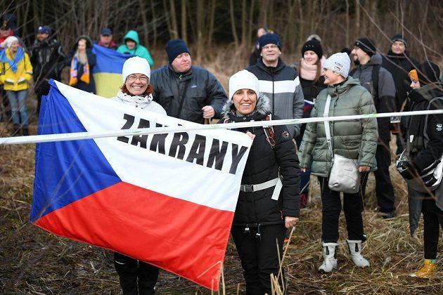 Fanoušci v Novém Městě na Moravě zůstali za plotem.