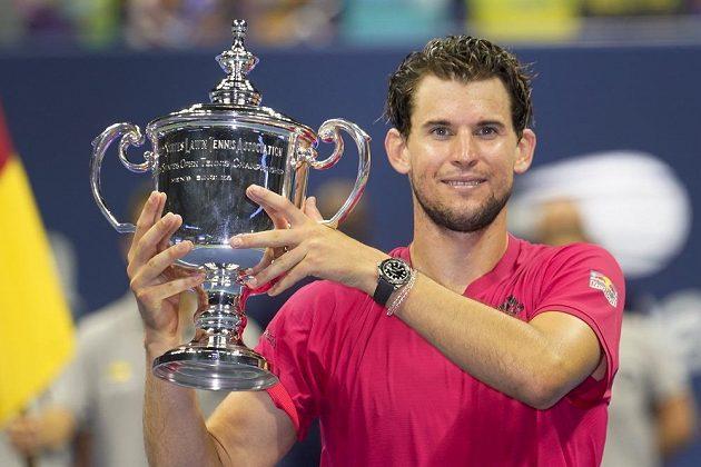 Tenista Dominic Thiem slaví první grandslamový vavřín. Rakouský hráč ovládl letošní US Open.