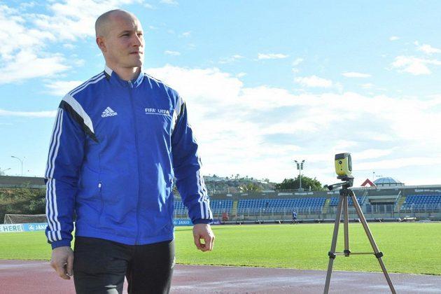 Fotbaloví rozhodčí absolvují na Kypru kondiční testy před blížícím se soutěžním jarem.