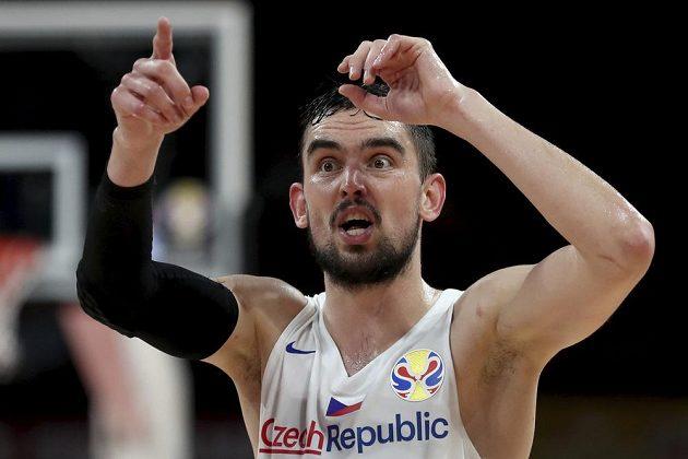Český basketbalista Tomáš Satoranský během utkání mistrovství světa proti Řecku