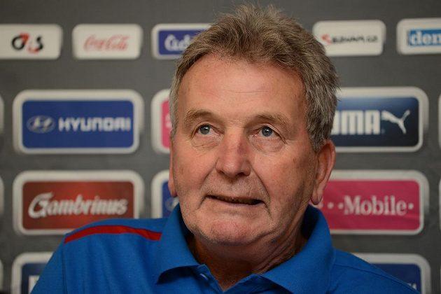 Trenér fotbalové reprezentace Josef Pešice před dvojutkáním kvalifikace MS 2014 s Maltou a Bulharskem.