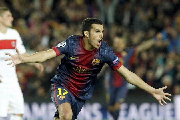 Pedro Rodríguez z Barcelony se raduje poté, co srovnal stav čtvrtfinálového utkání Ligy mistrů proti PSG na 1:1.