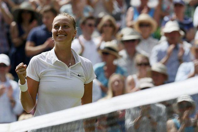 Česká tenistka Petra Kvitová se raduje z postupu do finále Wimbledonu.