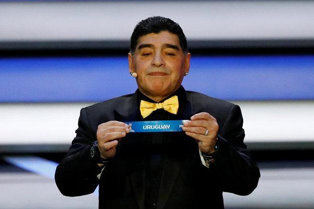 Legendární argentinský fotbalista Diego Maradona při losu MS 2018.