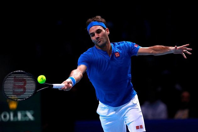 Roger Federer does not give his opponent the opportunity in the first set
