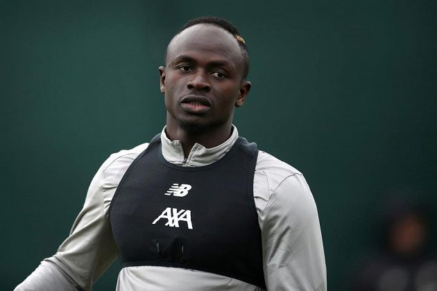 Senegalský fotbalista Sadio Mané je jednou z hvězd Liverpoolu. Prodá jej klub v létě do Realu Madrid?