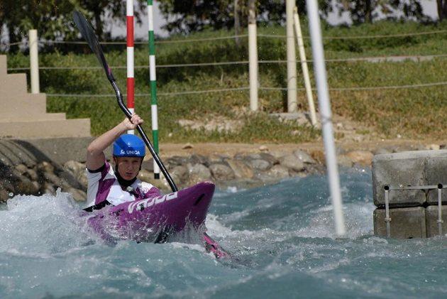 Štěpánka Hilgertová při tréninku na kanále v Al Ain.