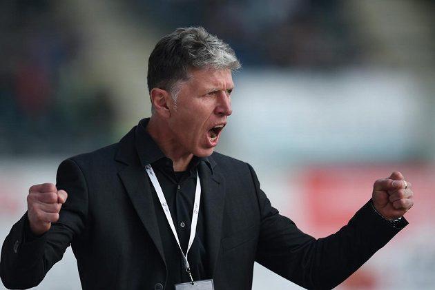 Trenér Jablonce Jaroslav Šilhavý se raduje z druhého gólu proti Baníku