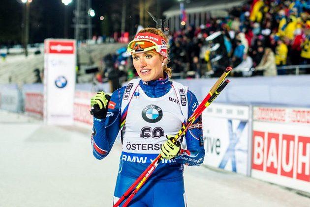 Gabriela Soukalová se v cíli radovala ze svého devátého vítězství ve Světovém poháru.