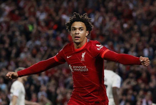 Střelec prvního gólu Liverpoolu Trent Alexander-Arnold
