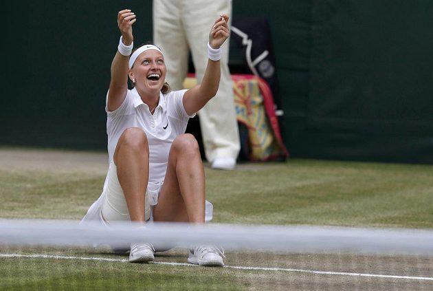 Dokázala to! Petra Kvitová po třech triumfovala ve Wimbledonu.